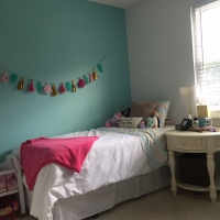 Minty Fresh Bedroom Re-Do